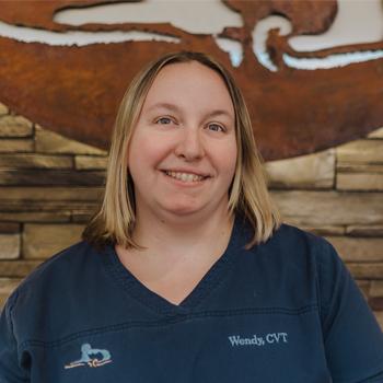 Wendy headshot, Wendy veterinary technician, veterinary technician, Wilbraham Animal Hospital staff